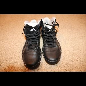 Black Adidas Sneakers / Basketball Shoes